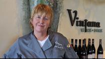img/vintana/chef_deb.png