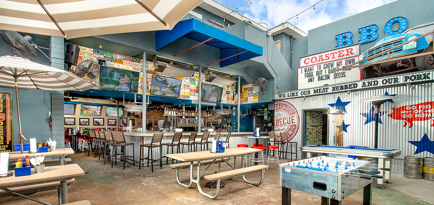 Coaster Saloon Bbq Burgers And Beer On Mission Beach