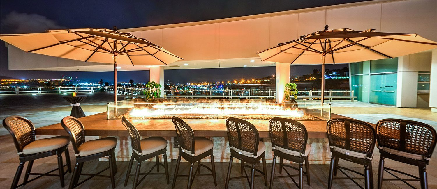 Located On The Level Of Centre At Lexus Escondido Vintana Offers A Modern Take California Cuisine And Picturesque Views Town
